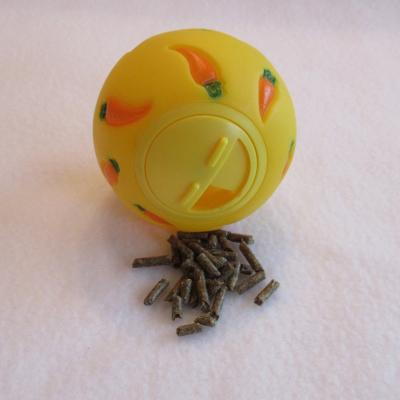 Wheeky Pets Treat Ball Toy For Small Animals